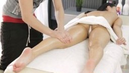 Teen gets fucked after nice massage