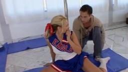 Flexible cheerleader craving hard cock