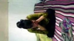 Bangladeshi amateur couple making sexvideo homemade