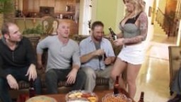 Brazzers - Payton West cuckolds her husband