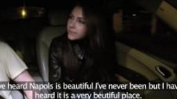 FakeTaxi Valentina Nappi prende il Taxi e si fa scopare