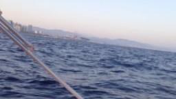 Sexy Jewish Arab girl sucks a big Muslim Dick on an island speedboat!