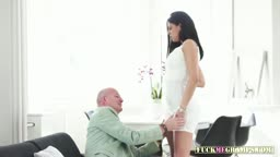 Babe Gets Her Pussy Eaten By An Gramps