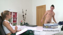 Amateur guy trying get hard in casting