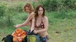 Chiara Francini and Sarah Felberbaum nude - Maschi Contro Femmine