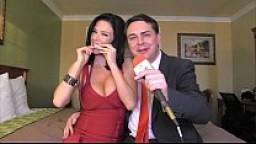 Veronica Avluv viene in bocca a Andrea Diprè - Squirting