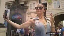 Priscilla Salerno in un documentario sul mondo del porno episodio 1